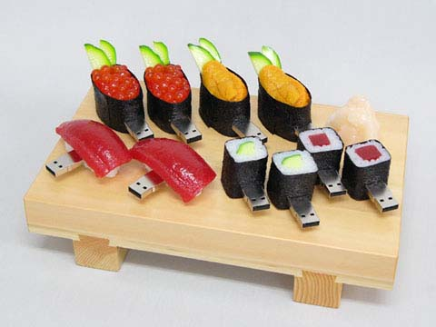 http://wirelessdigest.typepad.com/photos/uncategorized/sushi_usb.jpg
